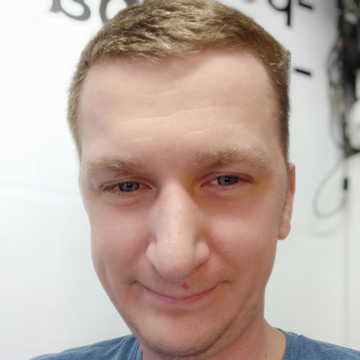 Антон Гладченко