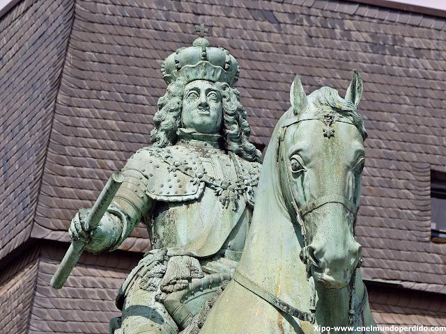 estatua-jan-wellen-düsseldorf.JPG