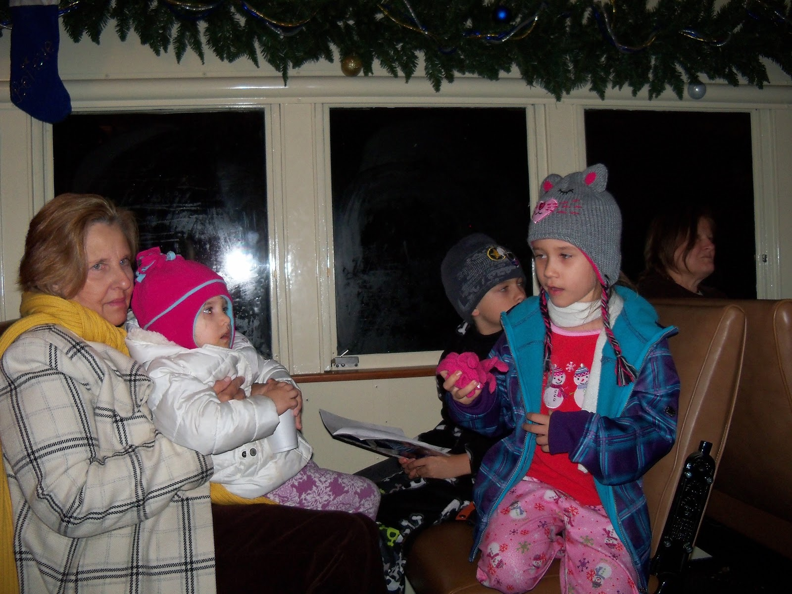 Polar Express Christmas Train 2011 - 115_0994.JPG