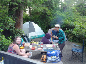 Photo: Setting up the campsite and having some dinner