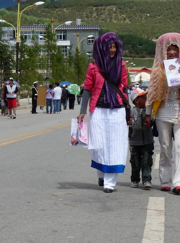 Chine. Yunnan.Shangri la Course hippique annuelle - P1250773.JPG