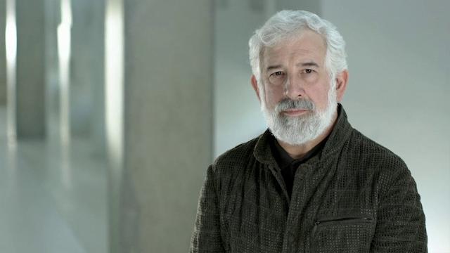 Πέτρος Φιλιππίδης: Μαρτυρία-σοκ «καίει» τον ηθοποιό – «Είχε βγάλει έξω τα γεννητικά του όργανα»