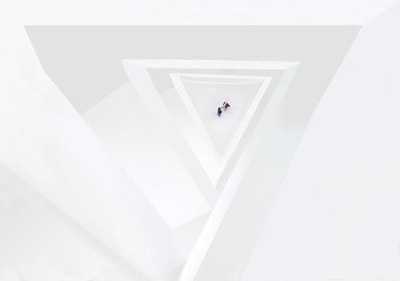 White hole di tonino_de_rubeis