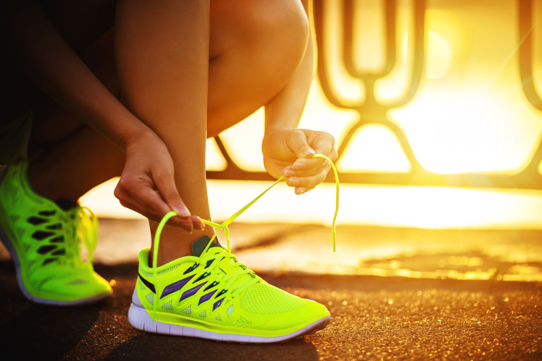 COMFORTABLE RUNNING SHOES STYLES FOR SPORTIVE WOMEN 1
