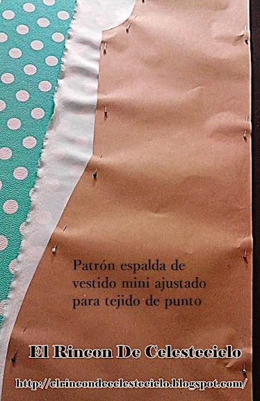 Patrón espalda de vestido mini para tejido de punto listo para cortar en la tela