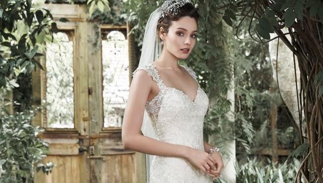 Esküvői ruha árak 49482ddc74
