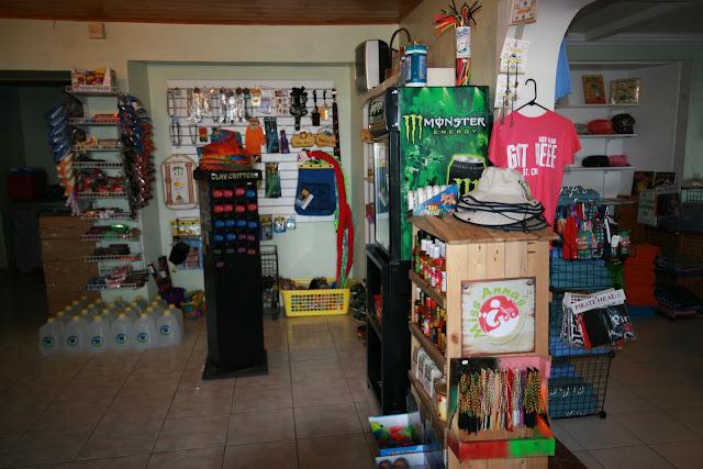 Retail Store - retail%2Bstore%2B003.JPG