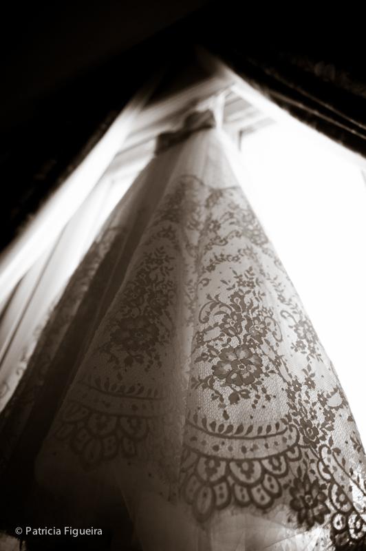 Foto de casamento 0040pb de Ana e Joao. Marcações: 29/10/2011, Casamento Ana e Joao, Fotos de Vestido, Lethicia Bronstein, Rio de Janeiro, Vestido, Vestido de Noiva.