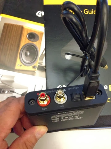 Fortysomething Geek: Audioengine D1 DAC  A Quick observation