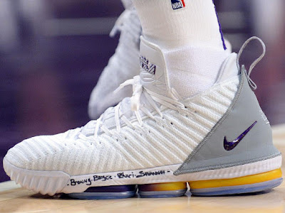 53c2d137833e34 LeBron James in Nike LeBron 16