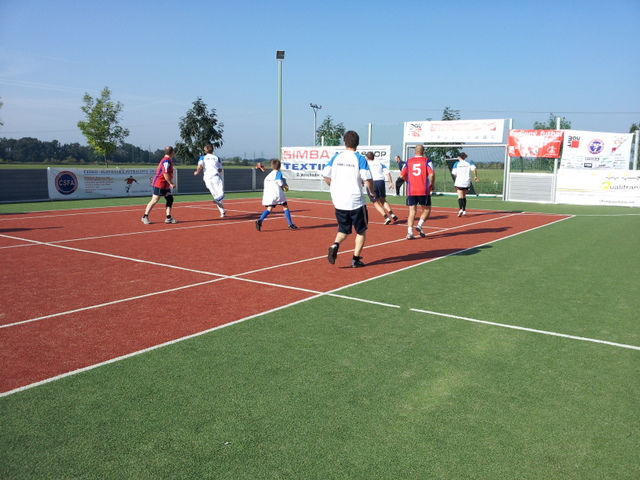ČSFA - rodinný turnaj 2011 (záver) - 2011-09-24%2B09.54.09.jpg
