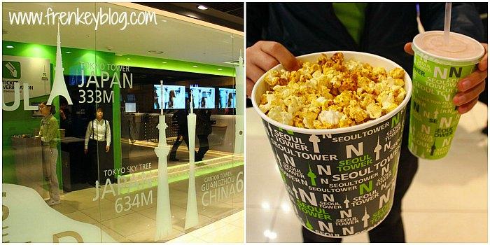 Petugas Pemeriksa Tiket ( Baju Hijau ) + Ukuran Box Popcorn yang didapat