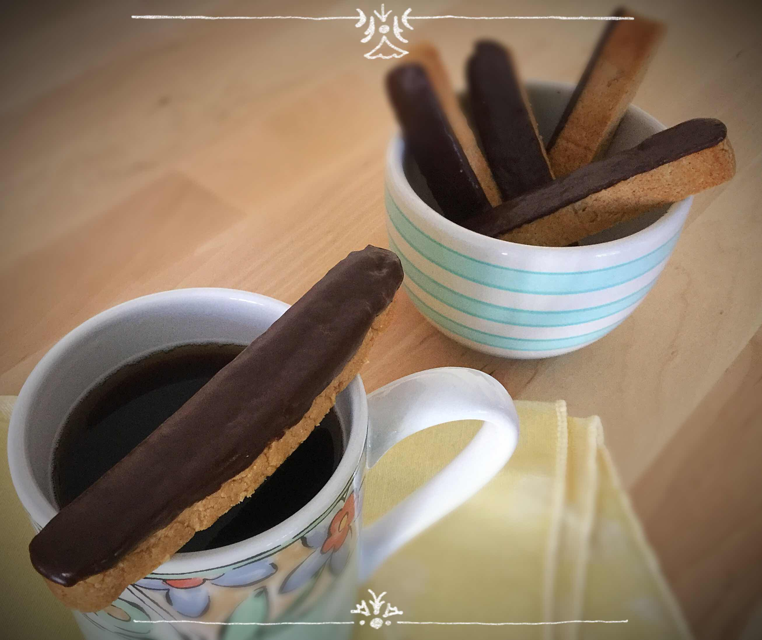 Low Carb Peanut Butter with Chocolate Biscotti