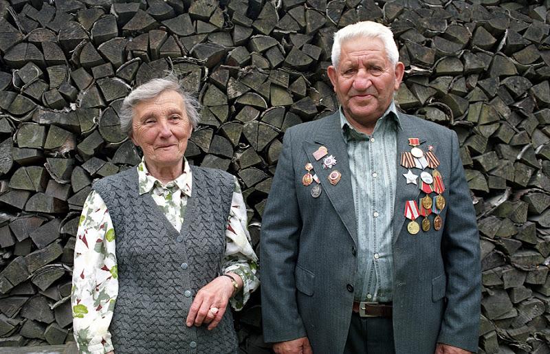 Isaac & Aldona Mendelsohn. Zhagare, Lithuania, 2001