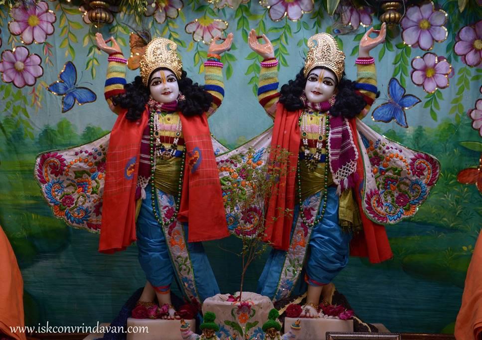 ISKCON Vrindavan Mangal Deity Darshan 27 Feb 2016 (7)