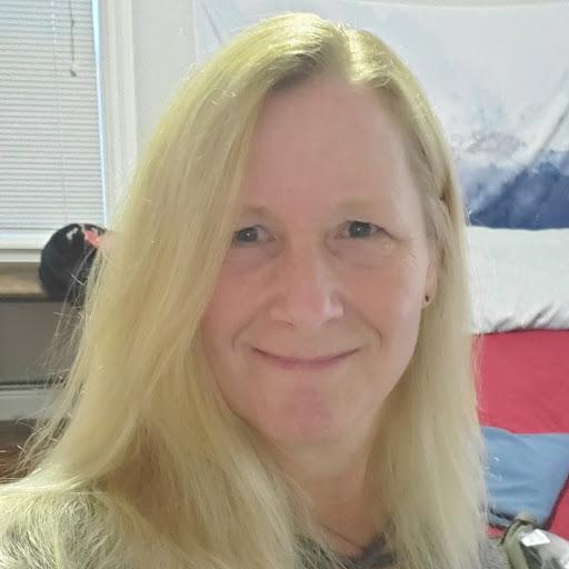 Sue White Photo 32