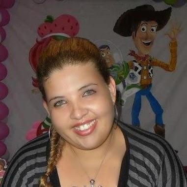 Sandra Collar Photo 7