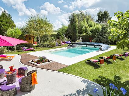 V randa rideau abri de piscine rideau cholet maine for Abri piscine rideau