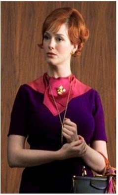 La ropa de esta BFMC está basada en uno de los estilismos del personaje que hemos podido ver en la serie