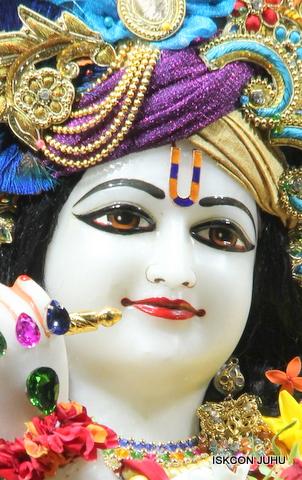 ISKCON Juhu Sringar Deity Darshan on 5th Sep 2016 (54)