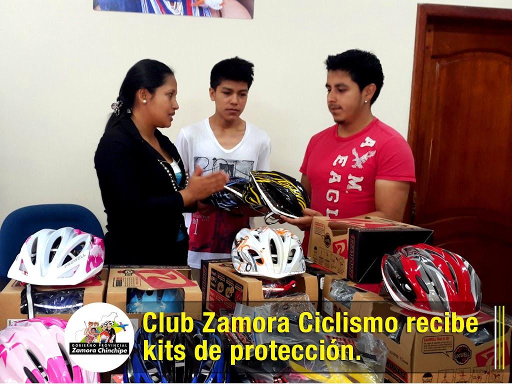 CLUB ZAMORA CICLISMO RECIBE KITS DE PROTECCIÓN.