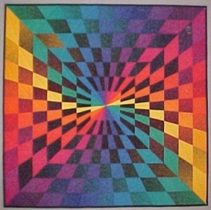 [front+Technicolor+Vortex+Quilt+1+%5B3%5D]