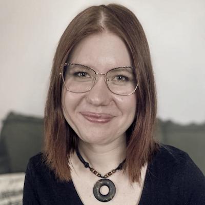 Sanoittaja Sanna Ruokonen