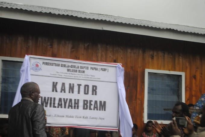 Kantor Persekutuan Gereja-Gereja Baptis Wilayh Beam Kabupaten Lanny Jaya Diresmikan