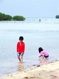 family trip pulau pari 140716 Fuji 033
