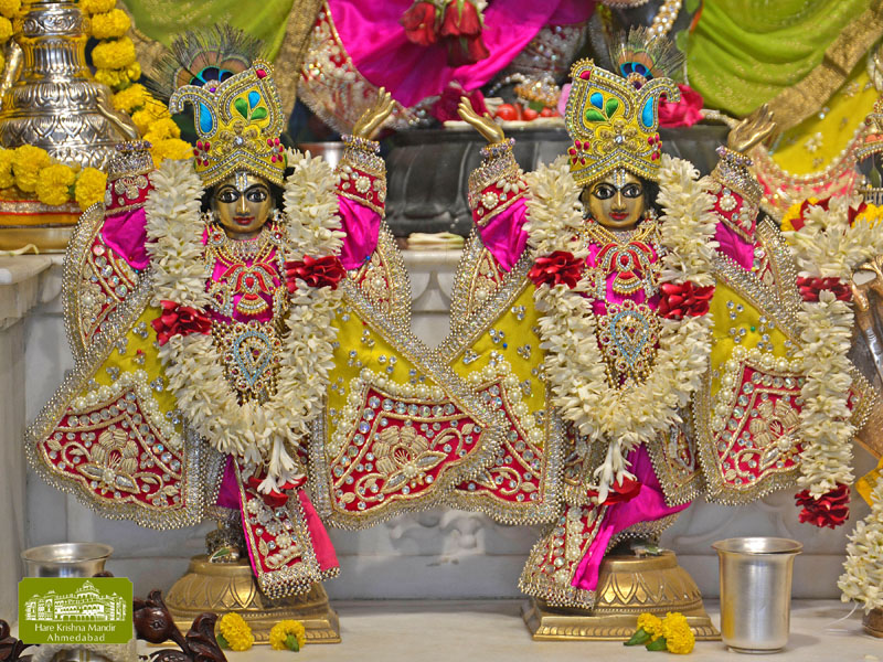 ISKCON Hare Krishna mandir Ahmedabad  07 Jan 2017 (9)