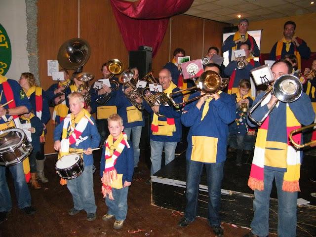 2009-11-08 Generale repetitie bij Alle daoge feest - DSCF0589.jpg