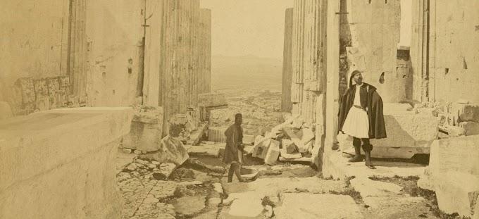 Τα Προπύλαια στην αθηναϊκή ακρόπολη