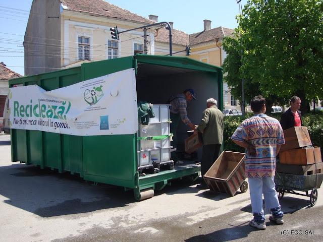 Campania de colectare a deseurilor periculoase din deseuri menajere MAI 2011 - DSC09522.JPG