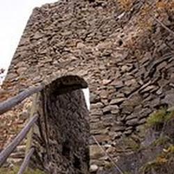 Wandern_Ruine_Steinegg_1.jpg