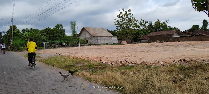 Tanah Murah strategis Cocok Untuk Lahan Kavlingan Perumahan di Sidoarum Jl. Godean Km. 6