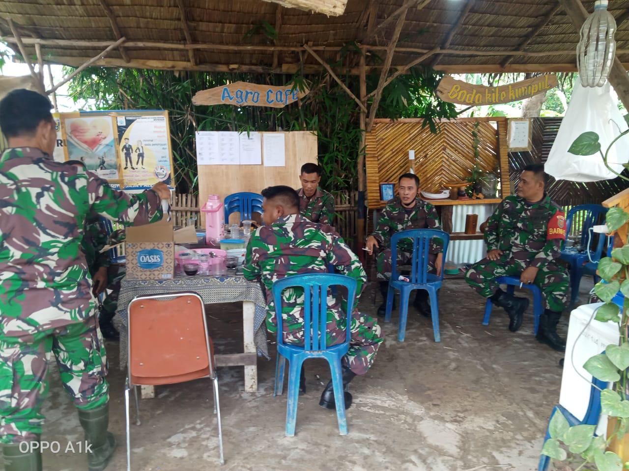 Taman agrowisata kampung Jawi jadi tempat favorit Satgas TMMD ngobrol bersama