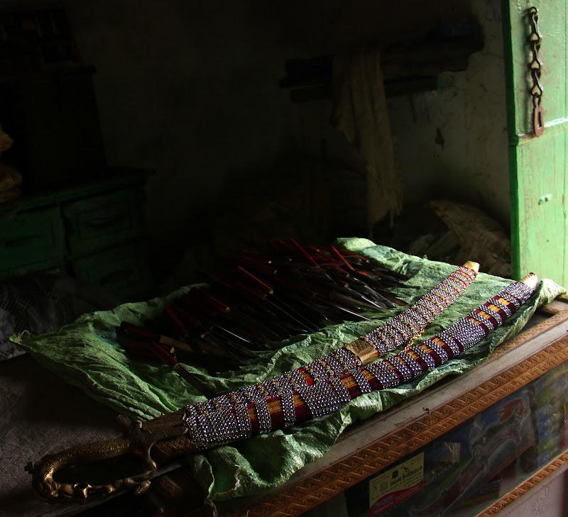 #India #Kutch #Kutchswordmaking #Kutchhandicrafts #Gujarattourism #maverickbird