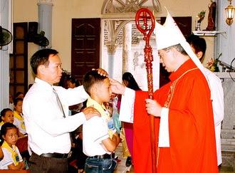 Giáo xứ La Vân: Thánh lễ ban Bí tích Thêm sức
