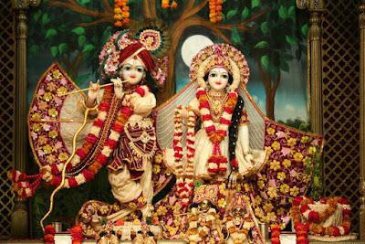 Good Morning Shringar of Radhe Krishna at Iscon Temple