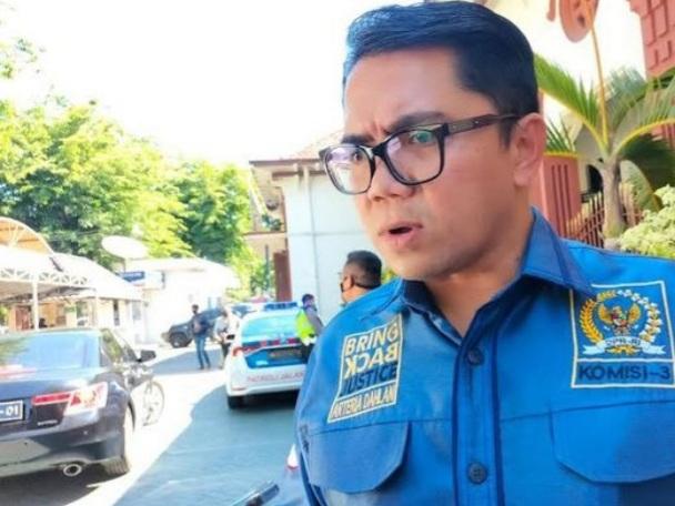 Arteria Dahlan Tidak Setuju Adanya OTT:  Bayangkan Kalau Polisi Kalian Tangkap, Kalau Jaksa Kalian Tangkap, Kalau Hakim Kalian Tangkap, Runtuh Republik