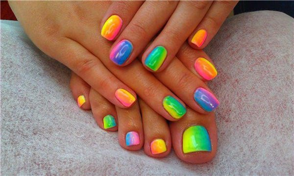 Top 30 Amazing Neon Nail Designs For 2018 Fashonails