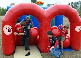 спортивні дитячі змагання до дня незалежності.JPG