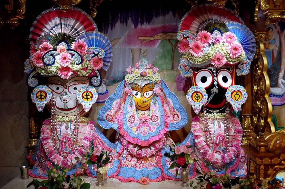 ISKCON London Deity Darshan 20 Sep 2016 (6)