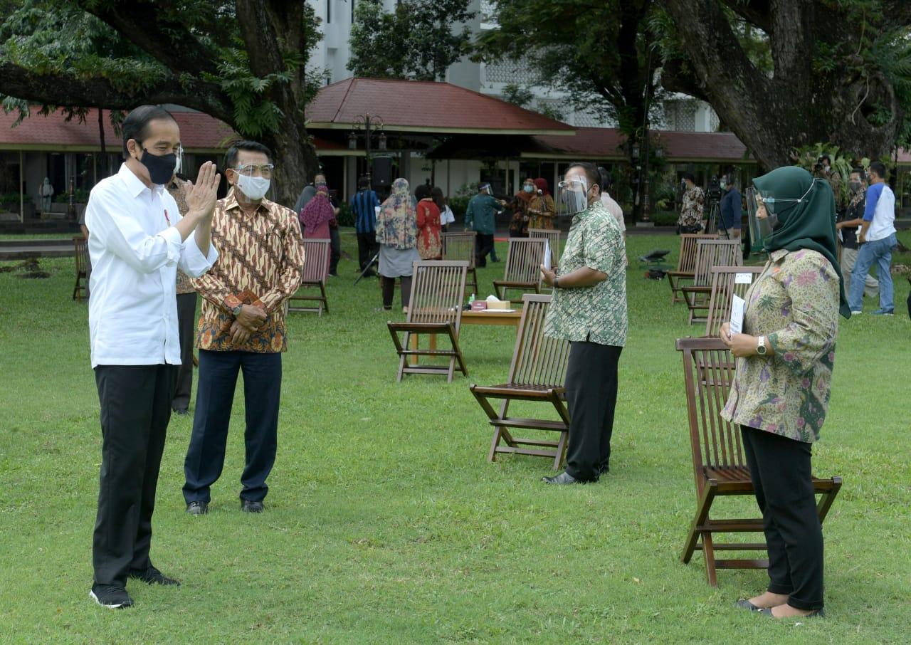 Presiden Jokowi Tegaskan Kesiapan Jadi Penerima Pertama Vaksin Covid-19