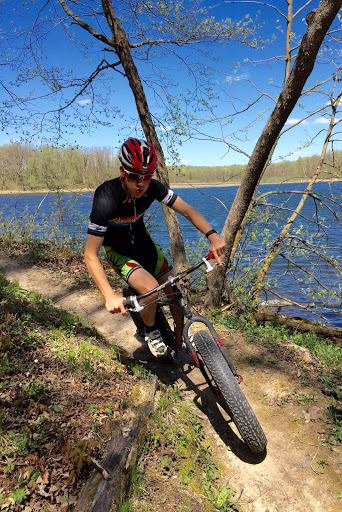 Fat bike riding on the Twin Lakes singletrack