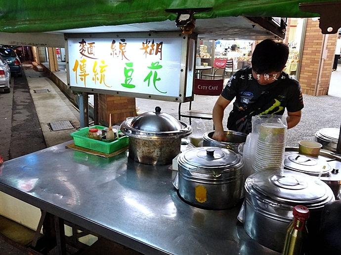 2 新竹 竹北 三民路 7-11 無名豆花 麵線糊