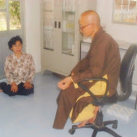 [T&C-004] Phật tử thăm Thầy (2001)