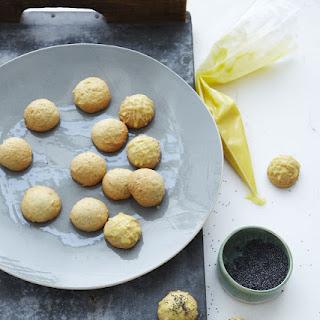Old-Fashioned Vanilla Tea Cake Cookies Recipe
