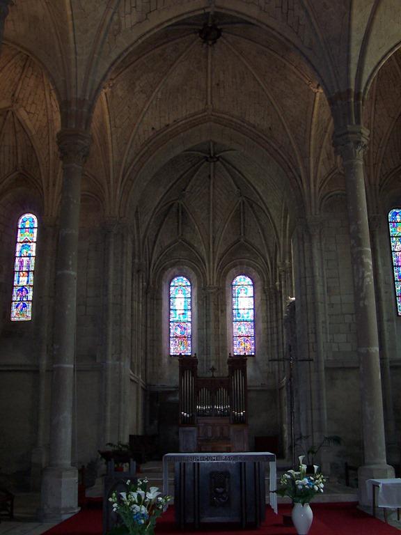 [2004.05.22-043+choeur+de+l%27%C3%A9glise+Saint-Serge%5B5%5D]