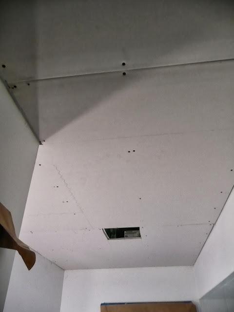 Drywalling - P1000452.JPG